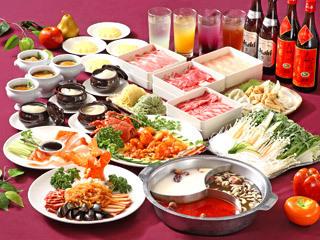 フカヒレ、アワビ、北京ダック、伊勢海老と四大食材を使った料理入りの豪華なコースです!
