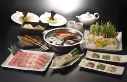 横浜中華街食べ放題火鍋宴会個室しゃぶしゃぶ小尾羊